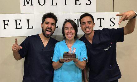 Festa sorpresa a Clínica Veterinària del Mar | Aniversari de la Lorea