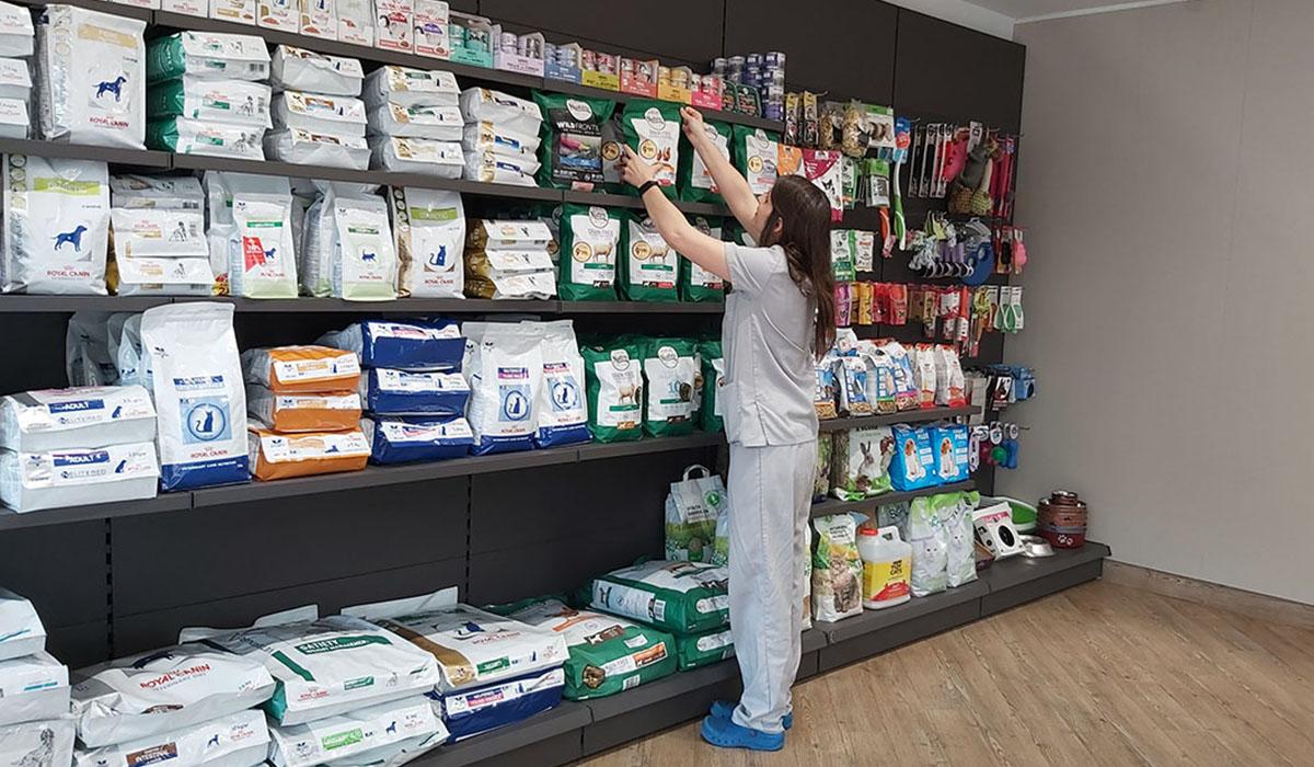 Pet store in Hospital Veterinario del Mar